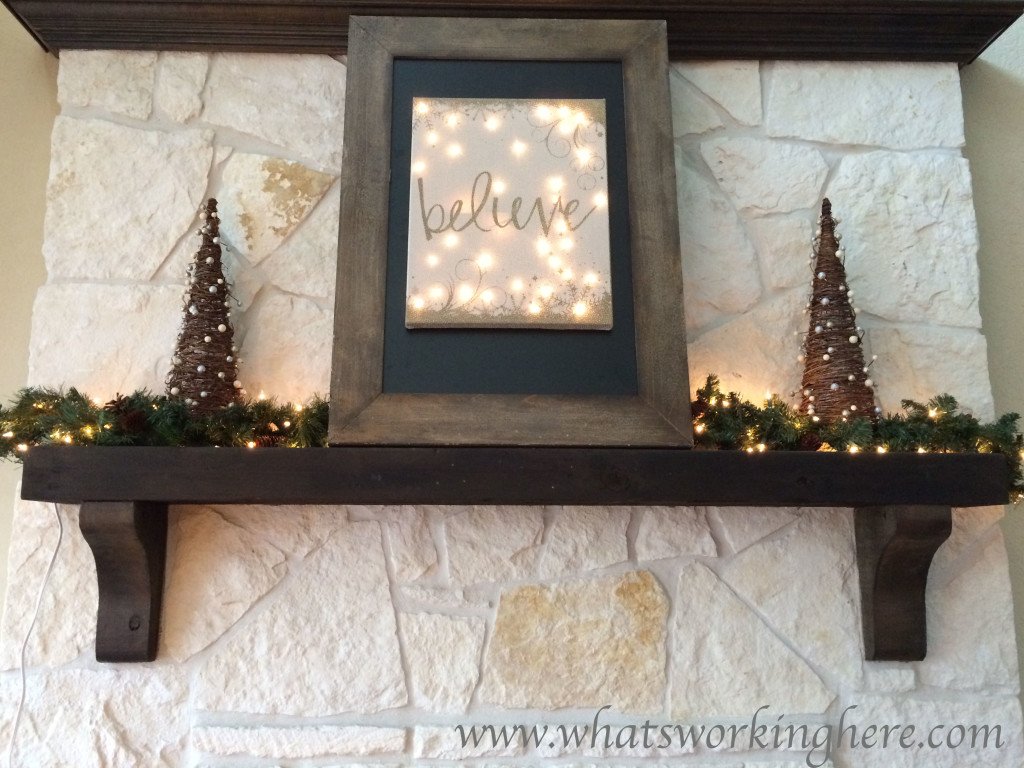 2015 Christmas Mantle