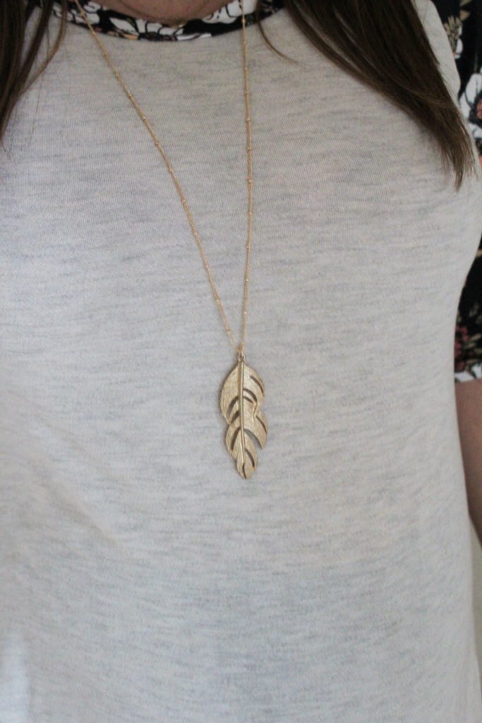 Stitch Fix- Romolo Feather Pendant