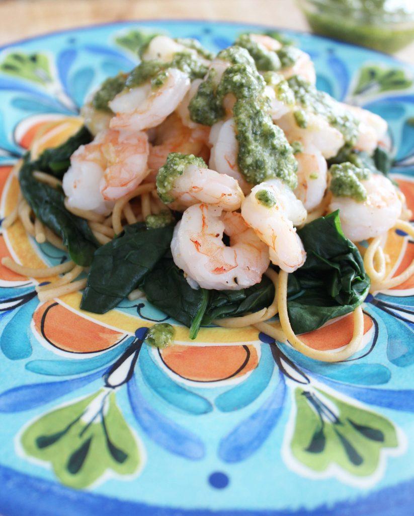 Shrimp and spinach pesto pasta