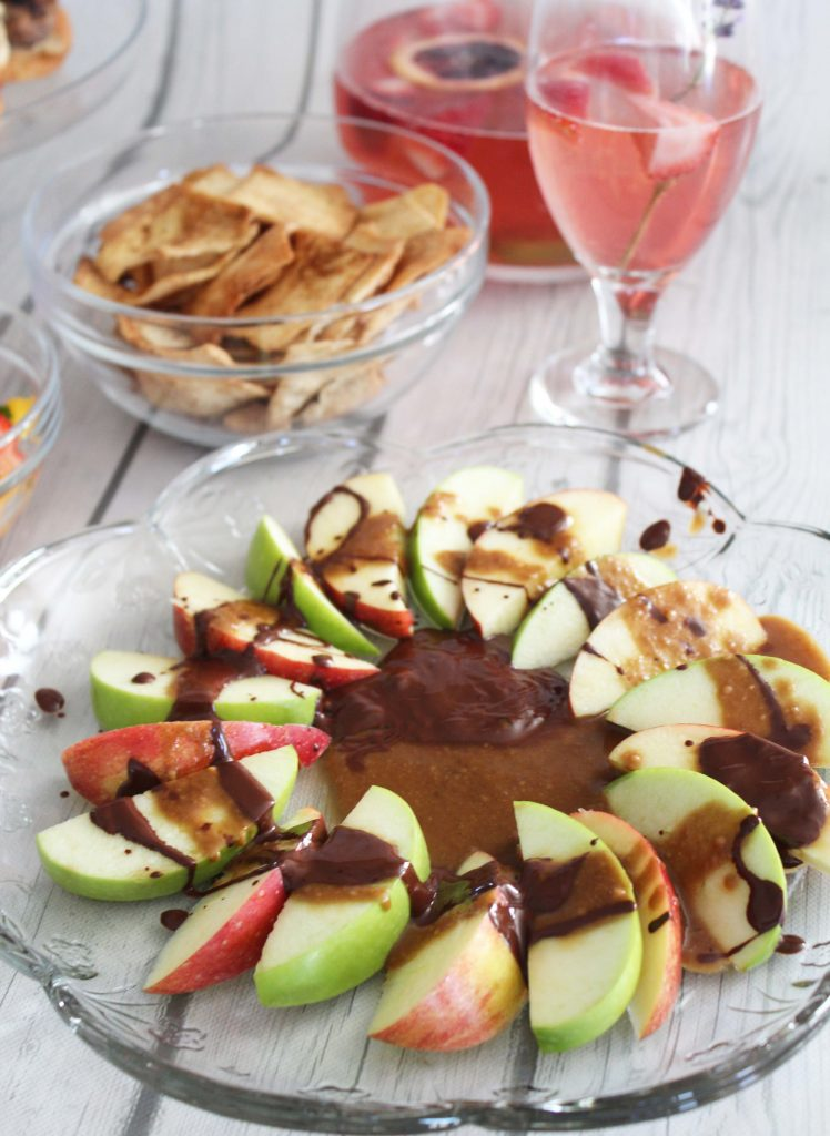 fixate- chocolate caramel apple nachos